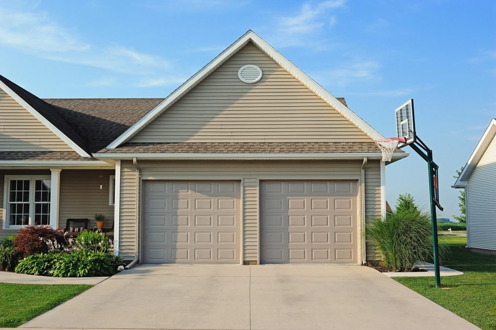 Lewis River Doors Provides Toutle Residential Garage Door Replacement