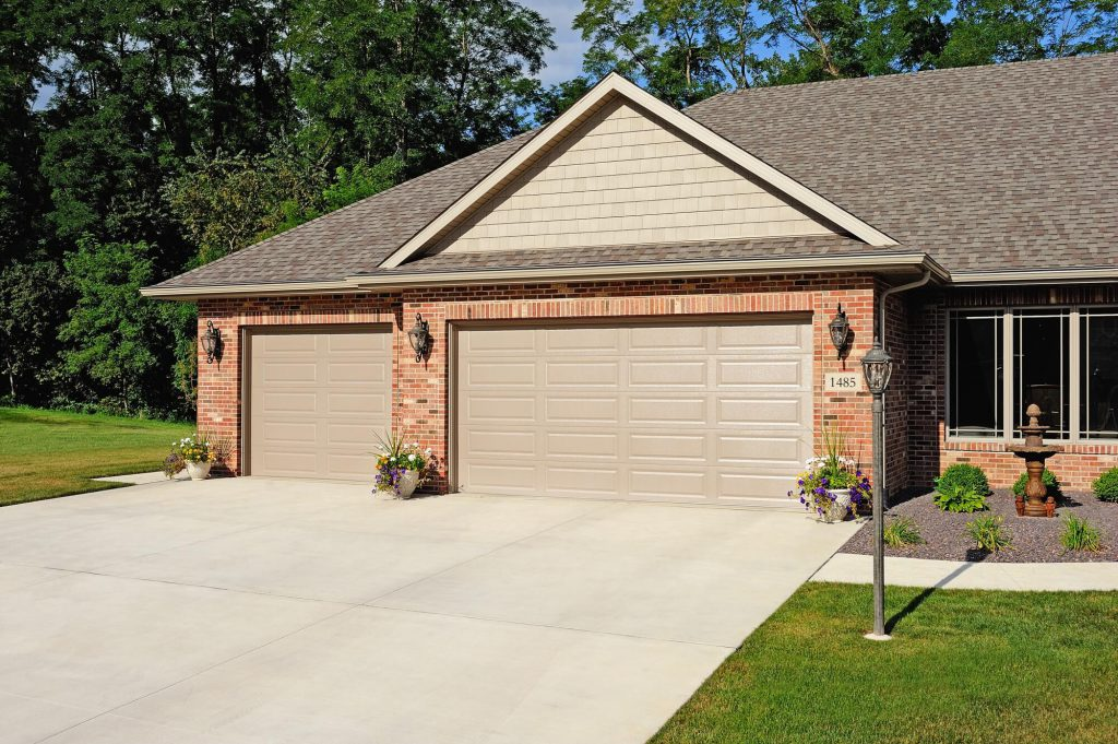 Lewis River Doors Provides Woodland Residential Garage Door Repair