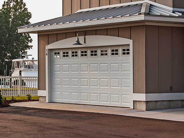 Lewis River Doors is a Kelso garage door service company